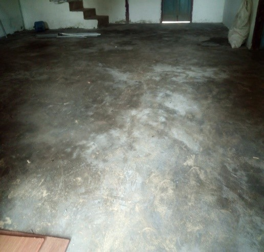 10043_Floor_Inside.jpg