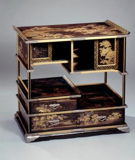 An image of a lacquered and gilded wood cabinet.