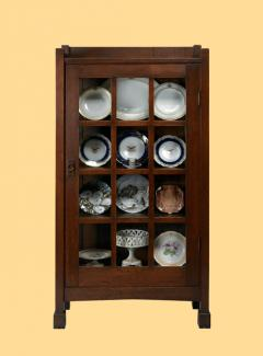 An image of Gustav Stickley's white oak cabinet.