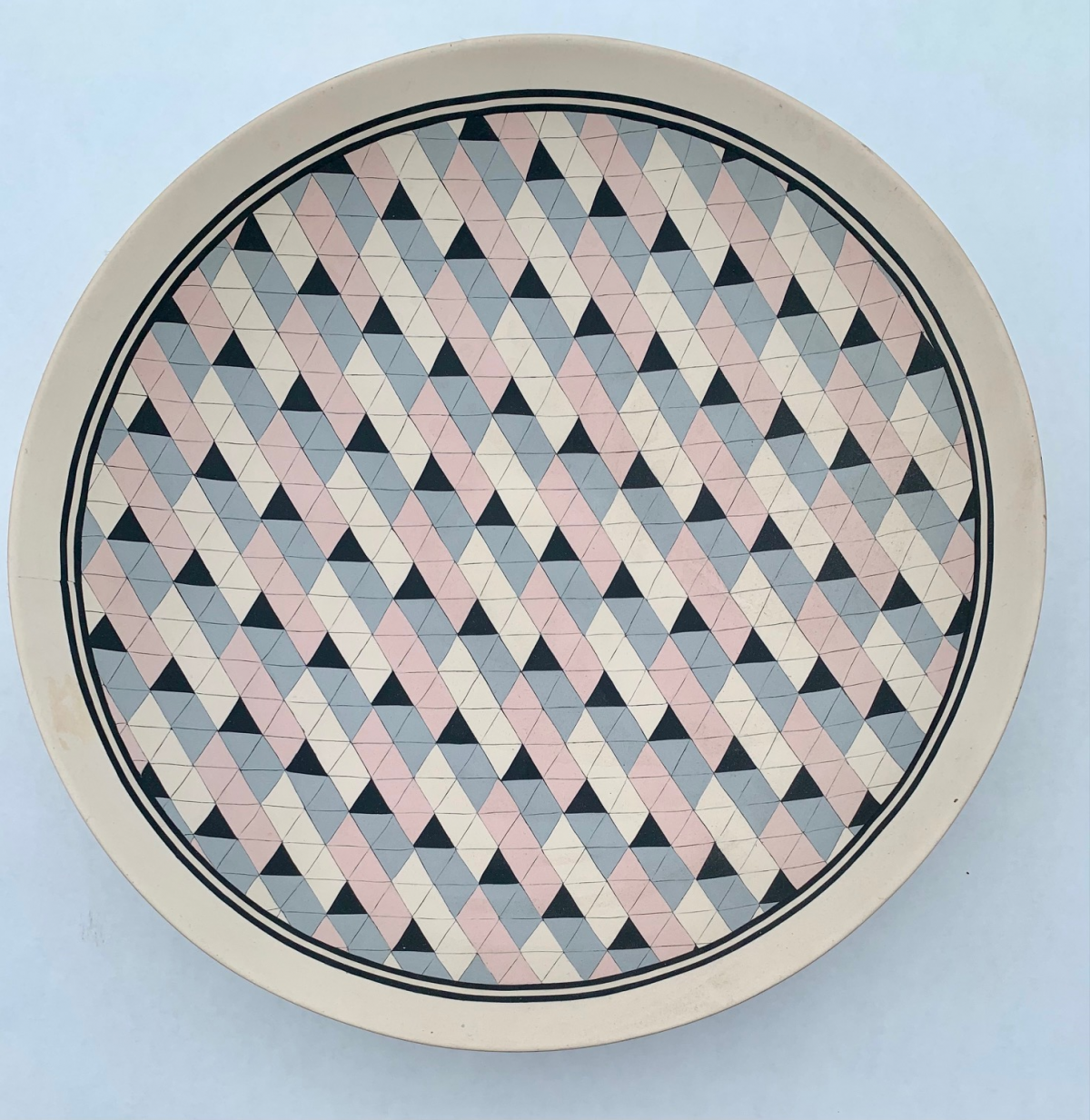 Ceramic plate with quilting pattern