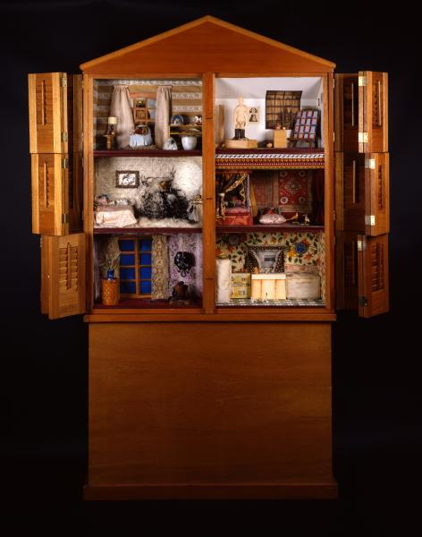 2 PICTURES MUSEUM OF FOLK ART COLLECTION DOLL HOUSE FURNITURE MINIATURES