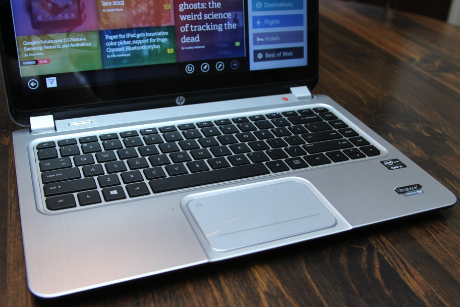 Hasil gambar untuk keyboard dan touchpad laptop