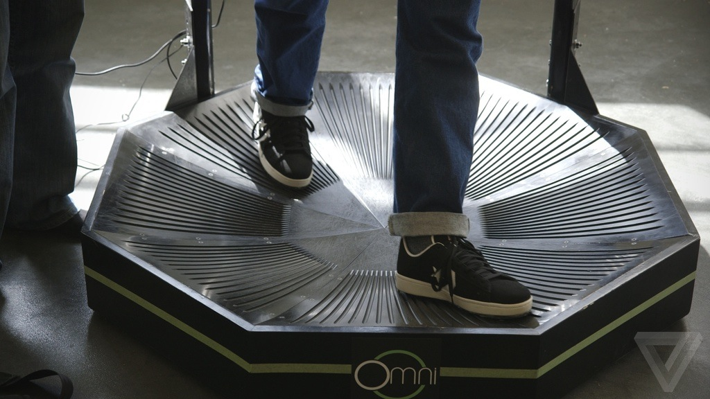 testing the virtuix omni a walk on the virtual side the verge