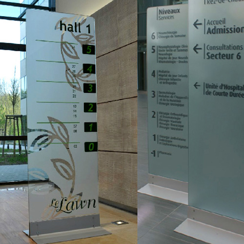 ile / Interior and Exterior Glass Monoliths signage