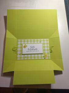 Tuck and fold box flat