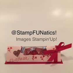 Valentine kiss box
