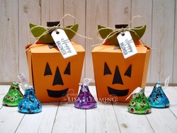 Takeout_thinlits_jack_o_lantern_treat_boxes