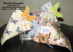 Butterfly_gala_sour_cream_containers