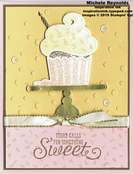 Hello_cupcake_sweet_cupcake_on_stand_watermark