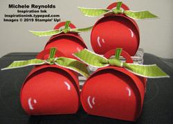 Harvest_hellos_mini_curvy_keepsake_apples