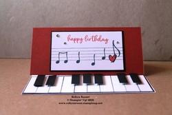 Piano easel auto correct