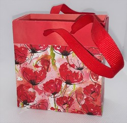 Peaceful poppies gift card bag