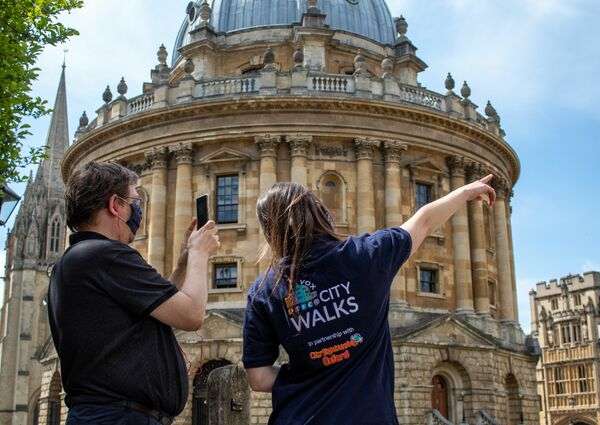 picture for Oxford Walking Tour Pass: 3 Guided & 6 Self Guided Routes