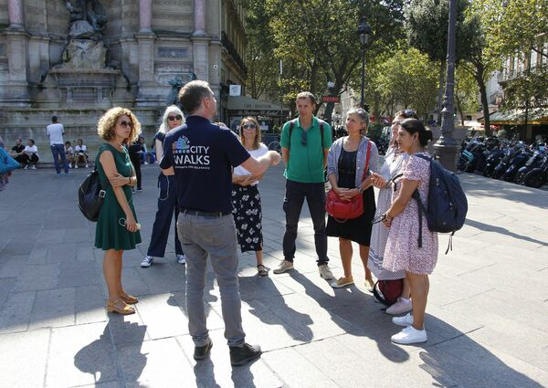 picture for Paris Walking Tour Pass: 3 Guided & 8 Self-Guided Routes