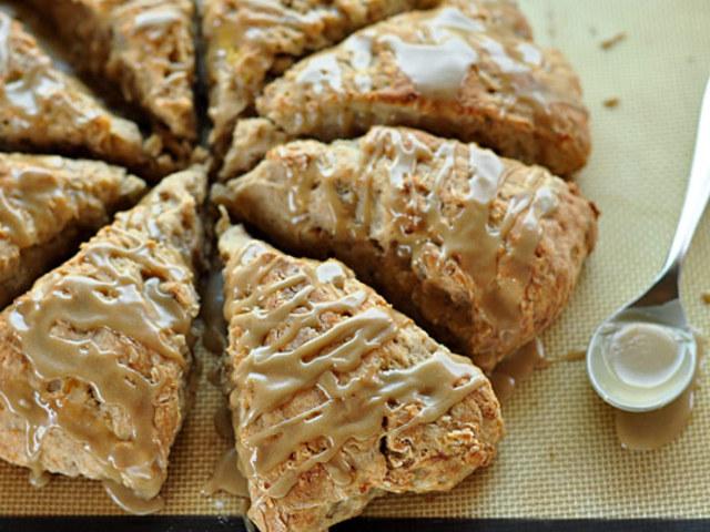 Banana Bread Scones with Brown Sugar Glaze | We Eatt