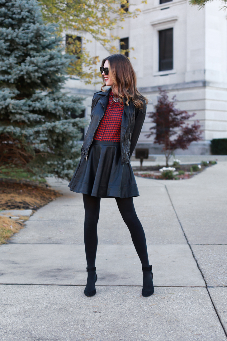 Mini leather skirt tumblr recommend to wear in spring in 2019