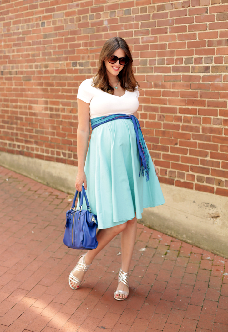 Converting regular clothes to work for maternity, Jessica Quirk, @whatiwore