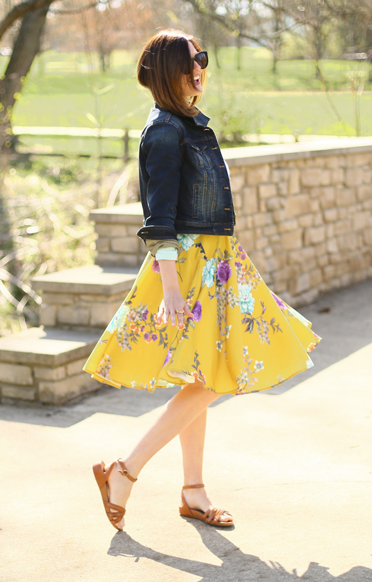 Yellow Skirt, What to wear with a yellow skirt, spring style, outfit idea