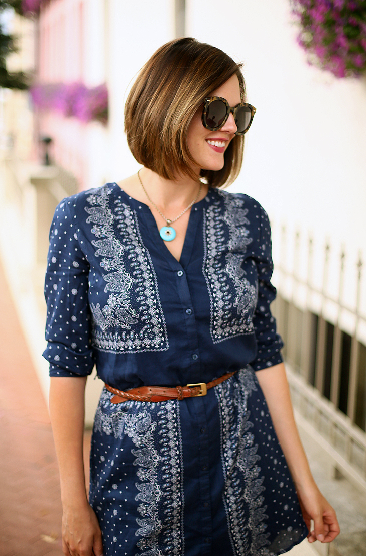 1c1addbabeeb Jessica Quirk wears a bandana print shirt dress on her blog, What I Wore