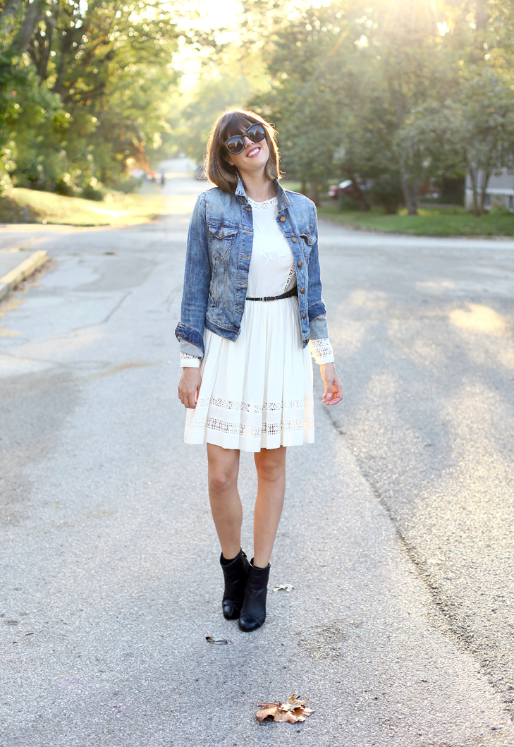 883f88f87c 51 Ways to Wear Your Favorite Jean Jacket All Year Long