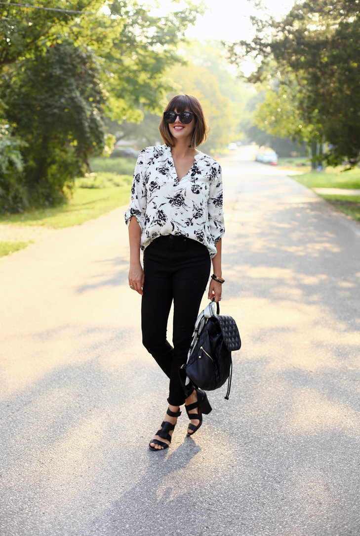 Black High Waisted Jeans, How to Style High Waisted Jeans