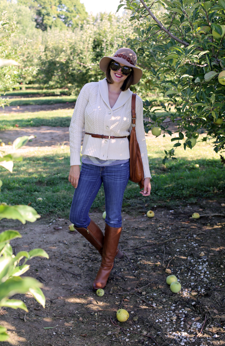 Apple Picking Outfit, Fall Outfit Idea, Apple Picking, Fall Photos, Jessica Quirk