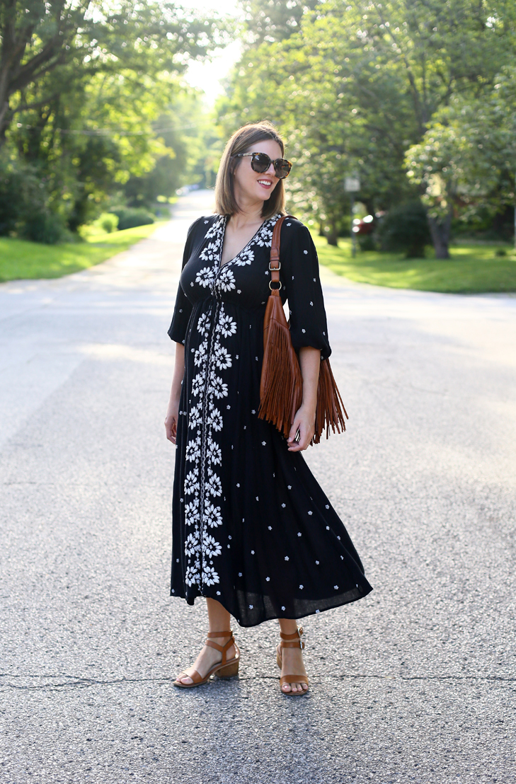 Free People dress for Maternity, Dress the Bump, Summer maternity Outfit, Second trimester outfit
