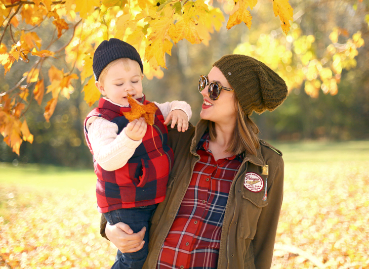 Fall Maternity Outfit, Maternity Style, 7 months pregnant, Plaid, Mommy and Son, Fall Photos