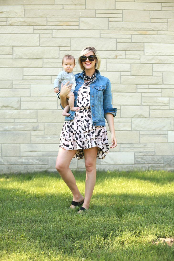 Summer Sundress, How to wear last years dress, how to tie a neck scarf, SAHM, SAHM Outfit Idea
