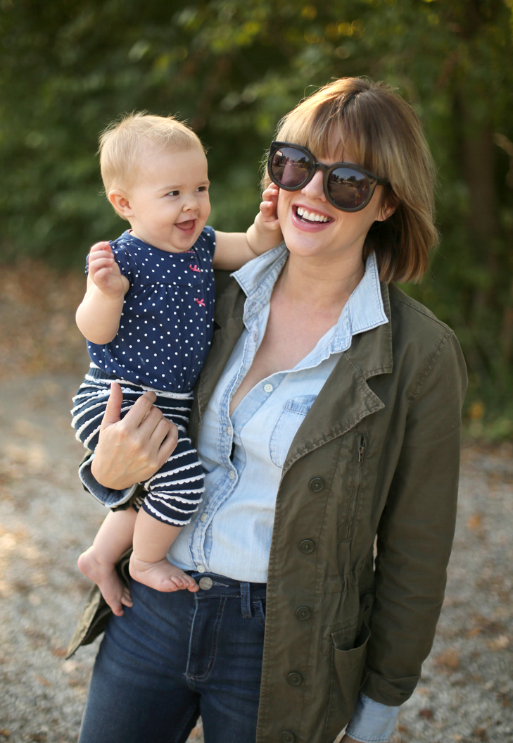 SAHM style, Core Closet, Easy Outfit, Bob with Bangs