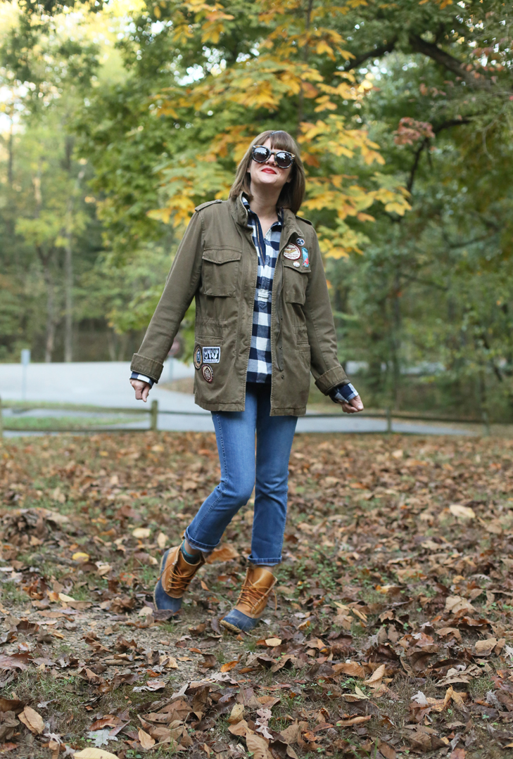 Camping Outfit, What to Wear Camping, Fall Outfit, Patch Jacket, How to Wear Patches