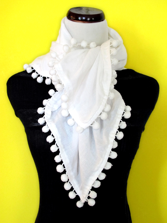 DIY, Do It Yourself, Pompon scarf, pompom scarf, summer scarf, how to tie a summer scarf, Jessica Quirk, What I Wore, WhatIWore, What I Wore DIY