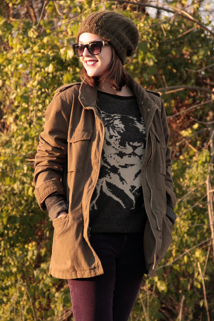 Fashion Blog, Fashion Blogger, What I Wore Blog, What I Wore, What I Wore Today, @whatiwore, Jessica Quirk, Jessica Quirk Blog, Tiger Sweater, Army jacket, Cute outfits with ski hats, Purple J. Brand Cords, Black Boots, How to wear a tiger sweater, how to style an animal sweater, jessica quirk style