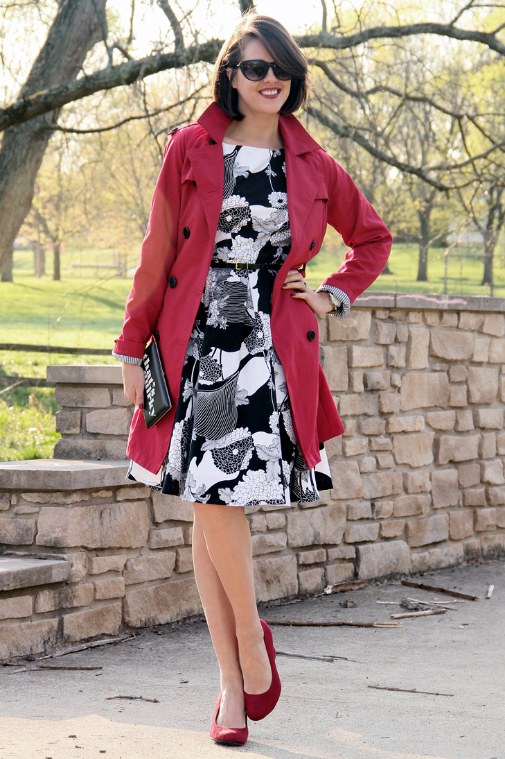 Simplicity 2444, Sewing, Jessica Quirk, What I Wore, Florence Broadhurst for Kate Spade, Black and White, Red Target Trench, Payless Red Wedges, Spring, That's Quirky, Kodak Gallery, That's Quirky