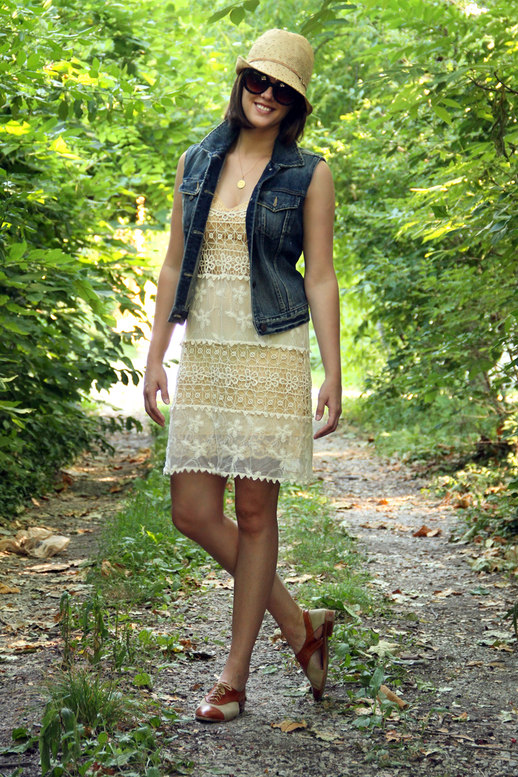 How to wear a denim vest, Denim Vest, Lace Dress, Straw Hat, Brogues, Jessica Quirk, What I Wore, Daily Outfit