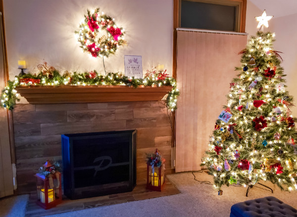 Traditional Christmas Mantel with Tree