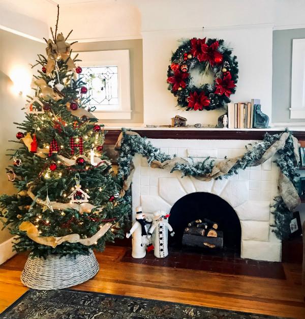 Whimsicle Antique Christmas Mantel