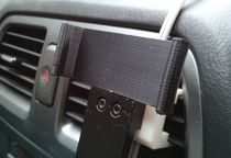 Snap-fit car mount for a Nexus 4