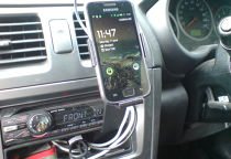 Snap-fit car mount for a Galaxy S