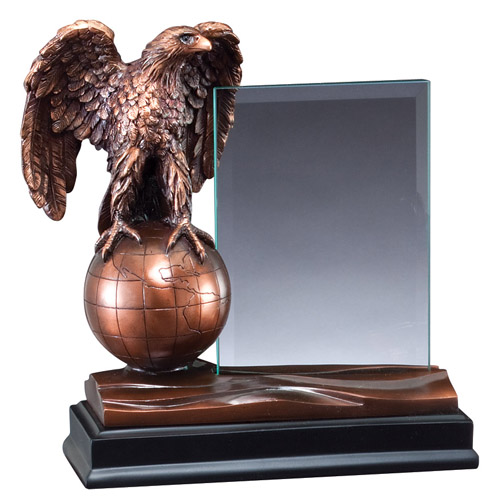 8 in Eagle Resin w/ 4 in x 6 in Glass For Engraving