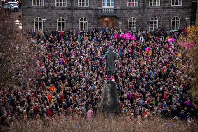 iceland equal pay for women protest