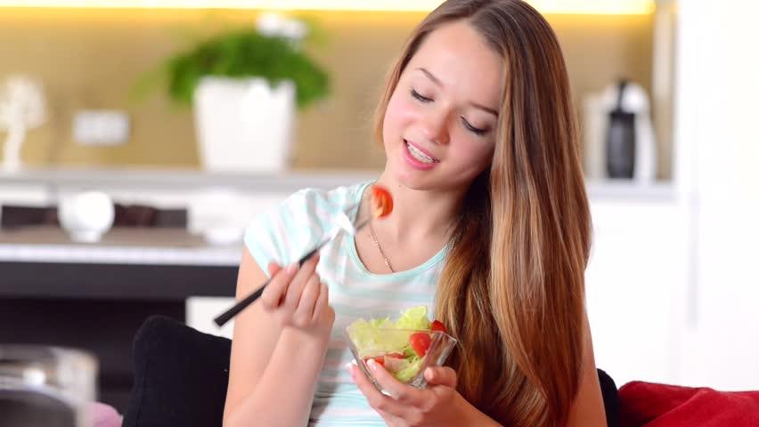 teen eating food
