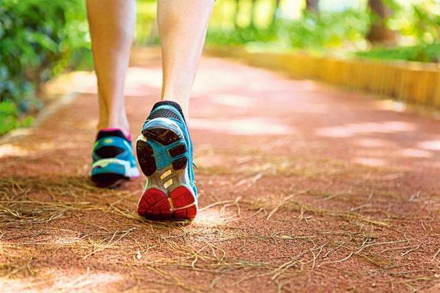 10 Life-Changing Effects Of Walking Just 15 Minutes Everyday