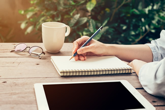 Think It, Ink It! How Journaling Enhances Your Admin Career