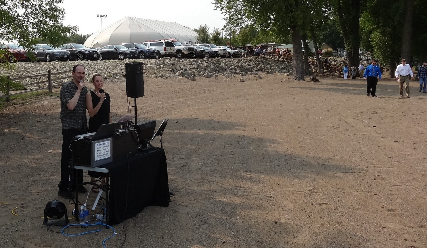 audio visual technician small outdoor shows weddings