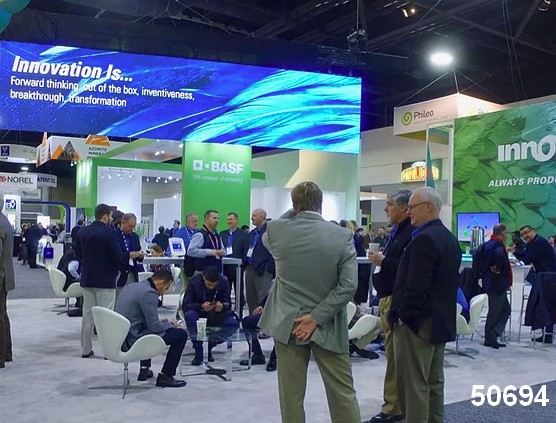 corporate video walls trade show digital signage visual
