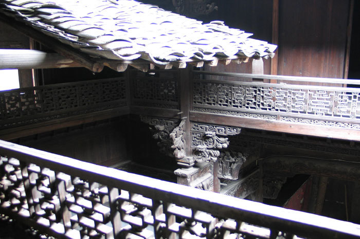 roof and gallery balustrades2