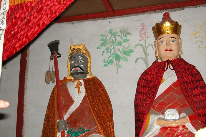 Kshitigarbha (center), Long-brow God (right), and Dharmamati (left)-01