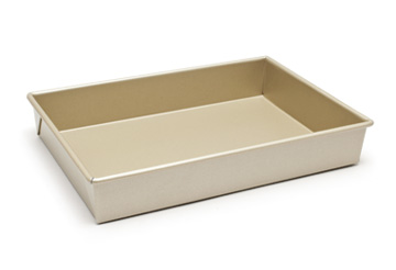 Reviewing 13 by 9-Inch Baking Pans/Dishes