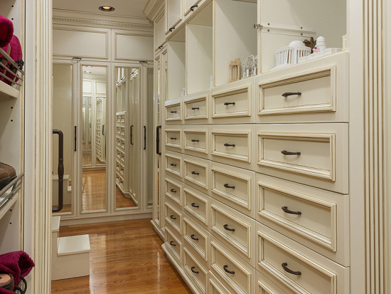 walk in closets southern perfection on 10 acres with vineyard 30121